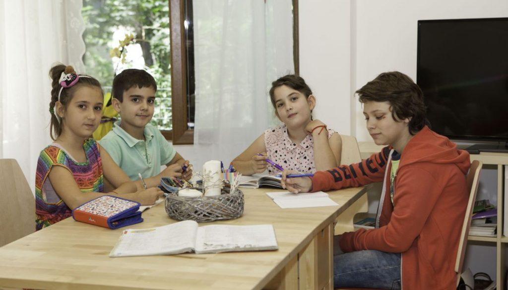 Зелени училища и лагери